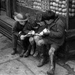 """Детская бедность """"влияет на развитие мозга"""""""